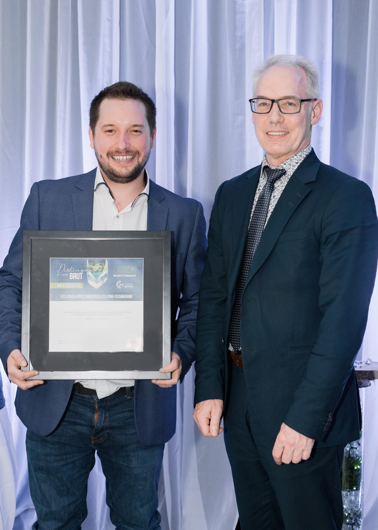 Gala reconnaissance Desjardins 2019 - Relève et transfert - Lauréat Les enveloppes universelles-ProTechMarine